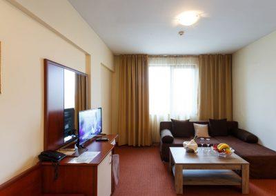 Apartament (2)